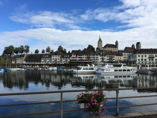 Krimi-Trail Rapperswil-Jona: Tödlicher Sturz vom Balkon in Rapperswil
